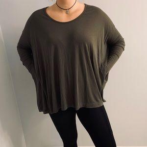 Dark green Long sleeve dress top